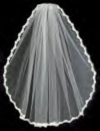 LACE EDGE ON VEIL