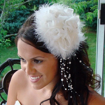 FEATHER HAT 'SEX IN THE CITY'