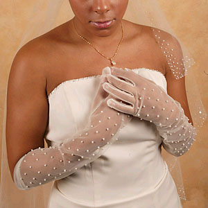 SHEER GLOVES WITH PEARLS