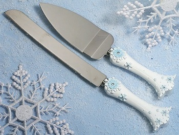 Snowflake Wedding Cake Server Set
