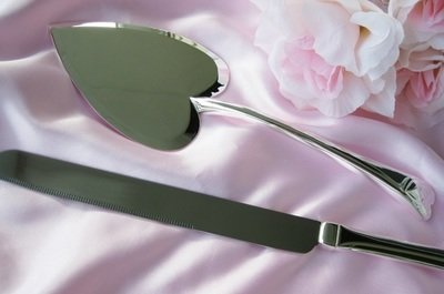 Heart Wedding Cake Server Set