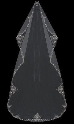 Mantilla Cut  Cathedral Veil