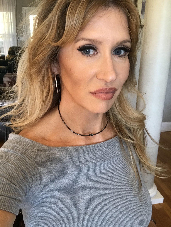 Sheila Fajl Knot Choker