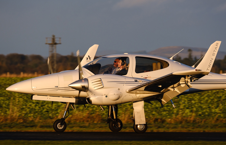 Diamond DA42 Twinstar Flight Experience for Two