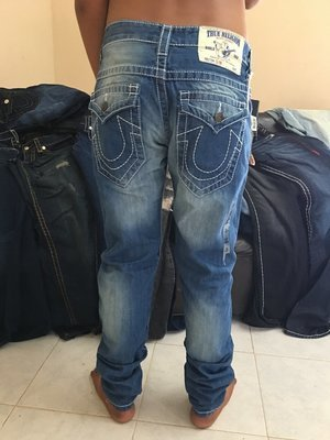 TRUE RELIGION SLIM FIT