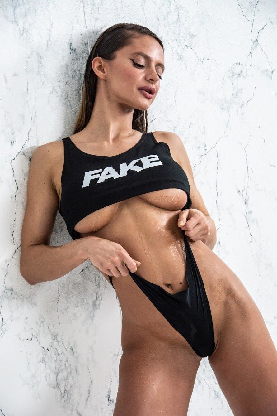 Fake Stretch Crop top