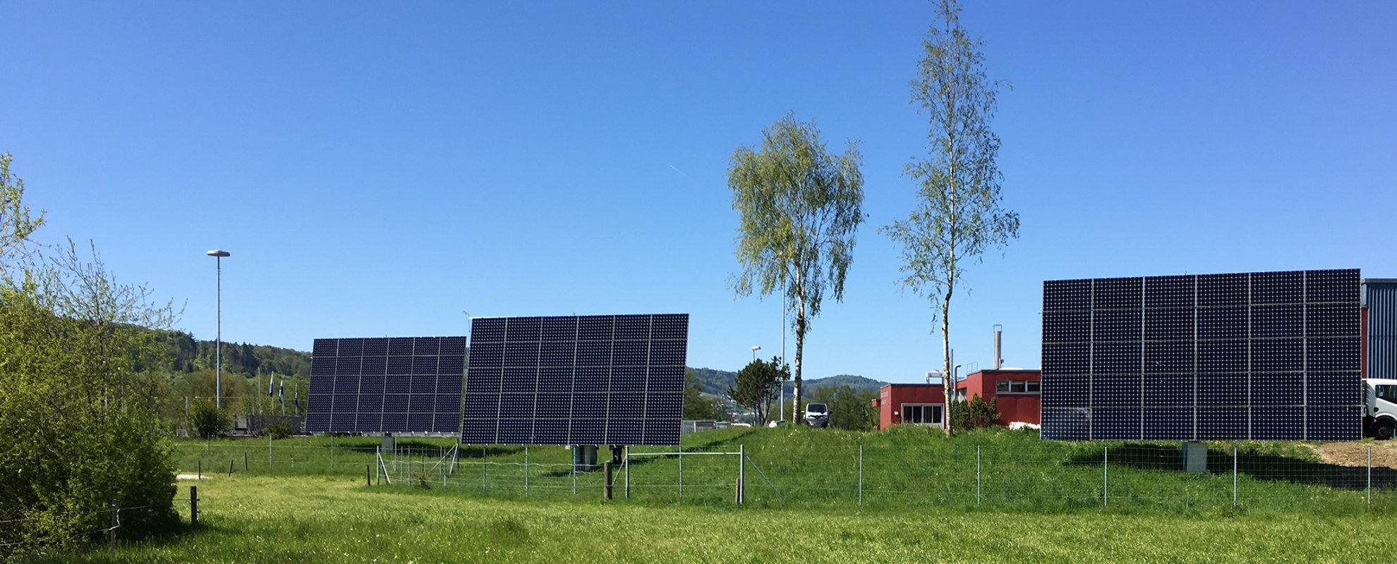 myCleantechSolarTracker™ Solaranalage - Wohngebiet