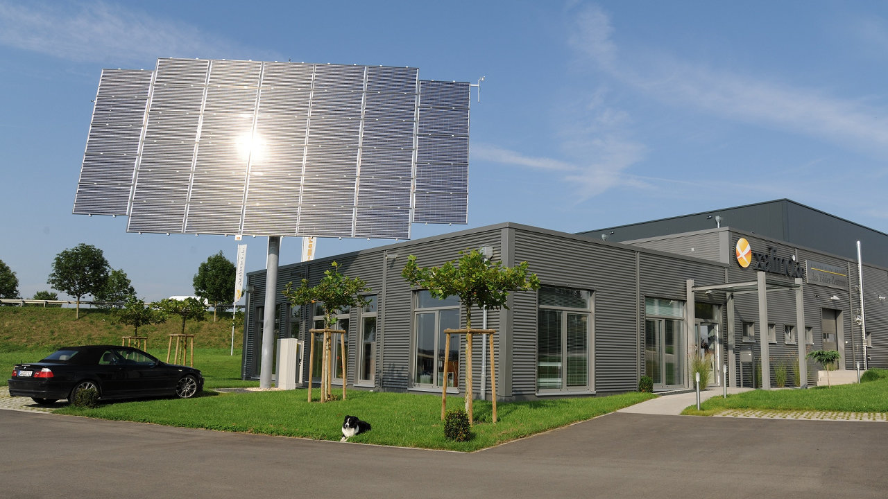 "myCleantechSolarTracker™ - frei stehende der Sonne nachgeführte komplette Solar Anlage zur Strom- / Energieerzeugung ""Einfache Selbstmontage - do it yourself"" oder Aufbau durch unsere Fachleute ab... K20181115-00 - Let's developp your renewable project togheter"