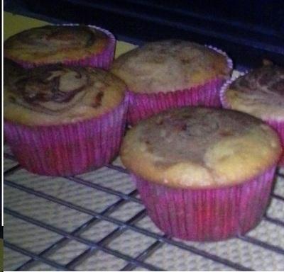 12 Nutella Swirl Cupcakes/12 Magdalena de Nutella