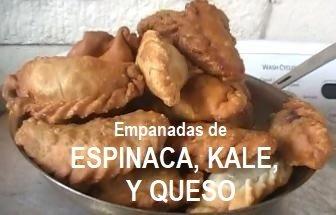 12 Empanadas de Espinaca y Kale/12 Spinach and Kale Empanadas