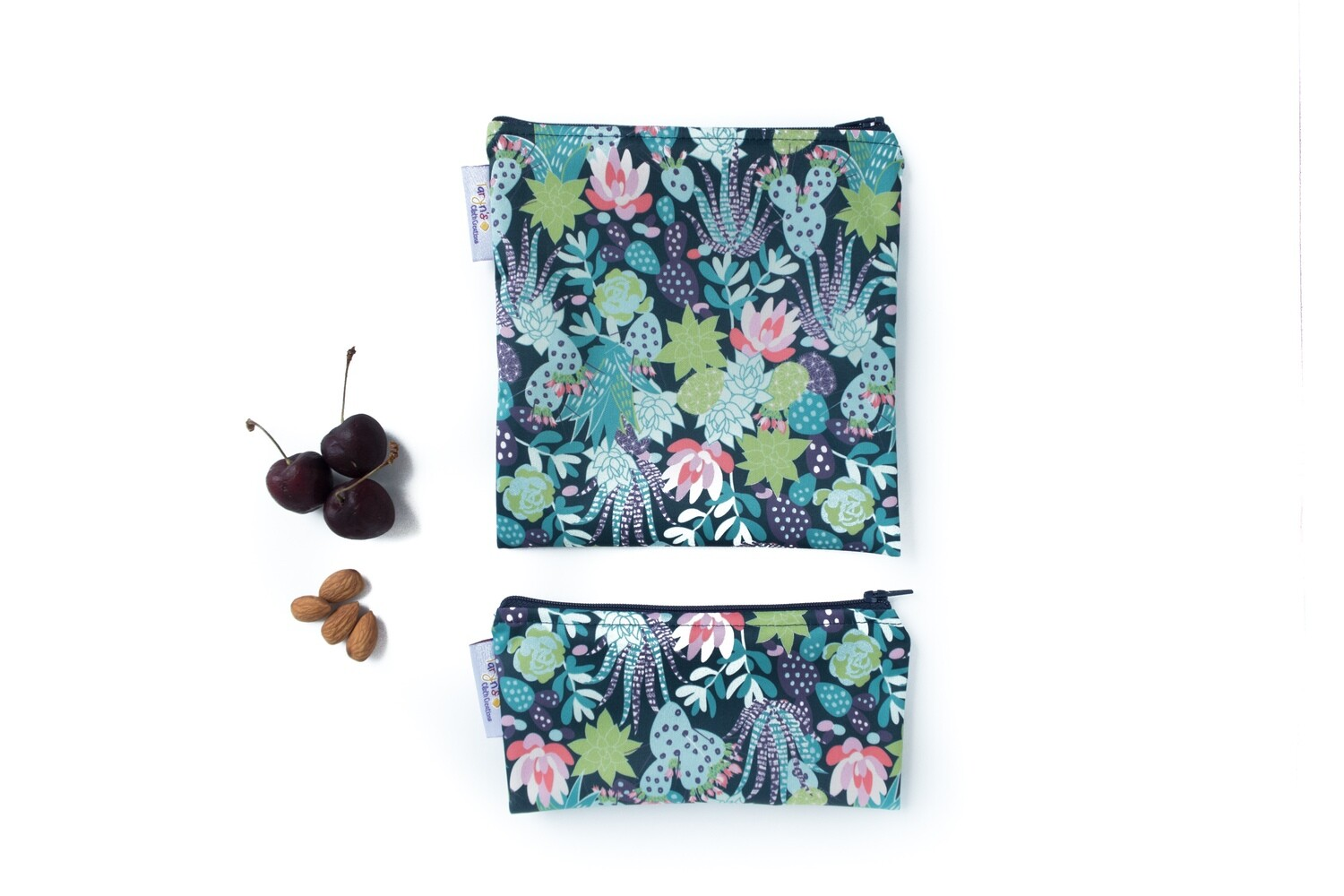 Reusable Snack and Sandwich Bag Set -flowering cactus