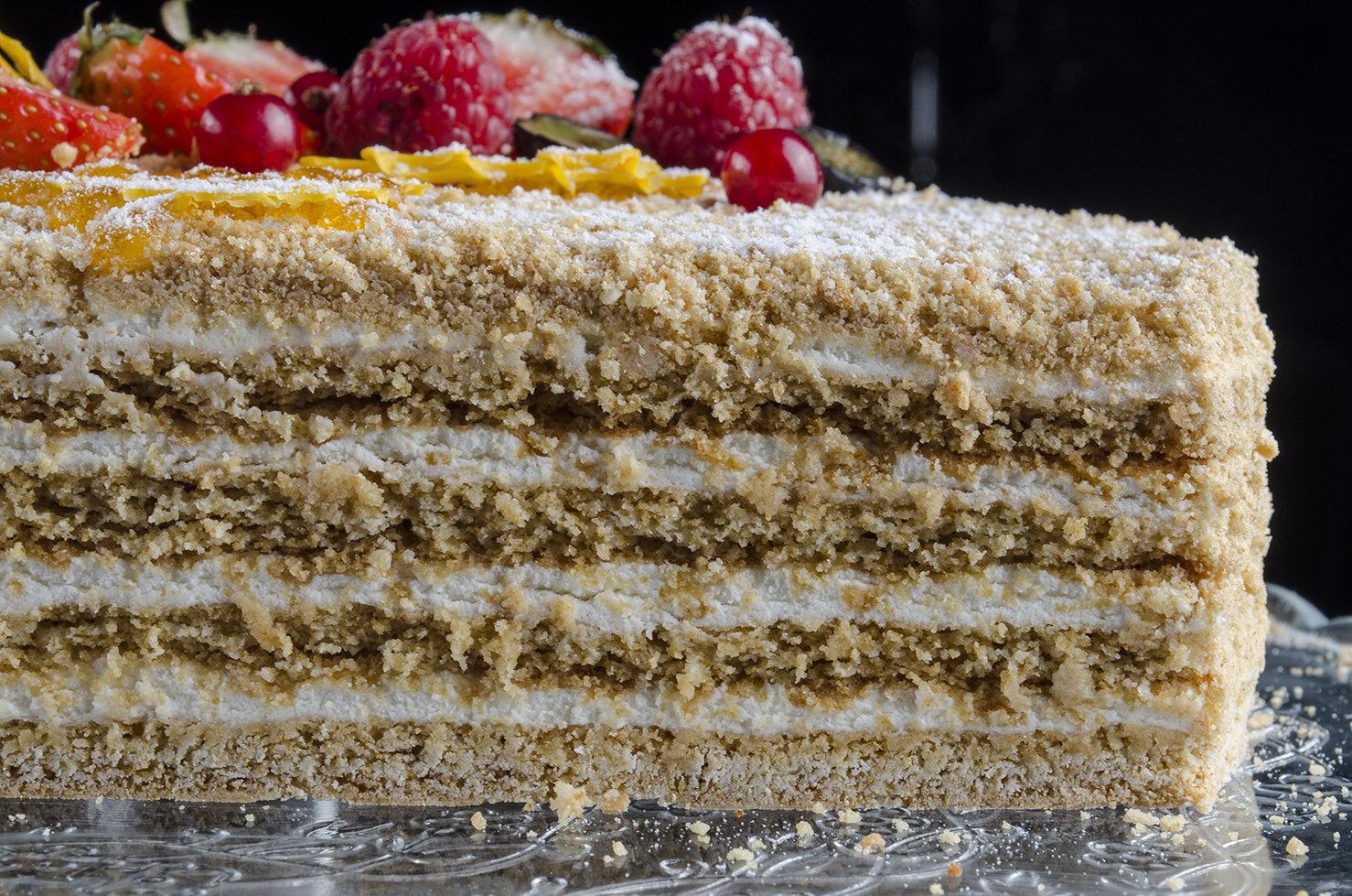 Торт «Сладкий Янтарь» 1.5 кг.