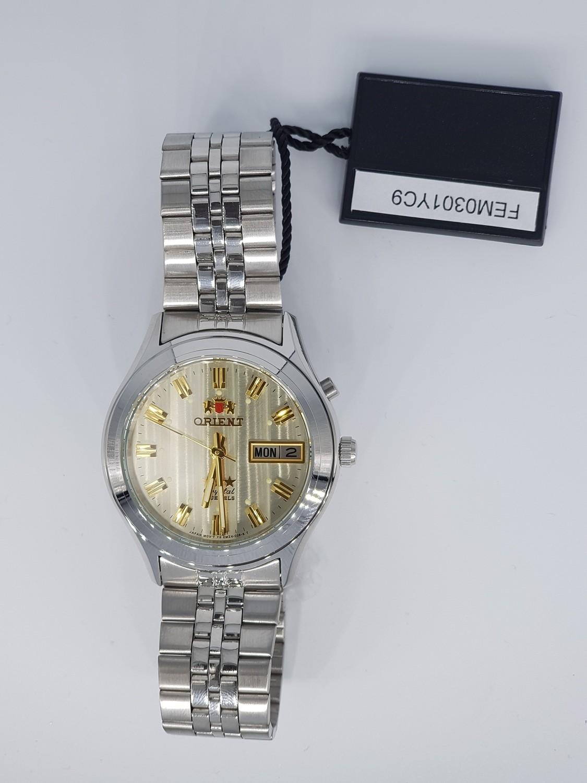 Reloj  automático Orient 3 Star FEM0301YC AMARILLO correa acero
