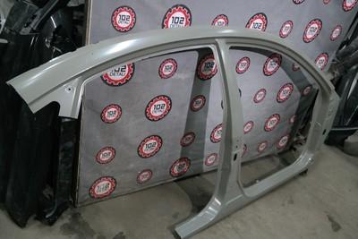 Панель боковая правая Nissan Almera G15