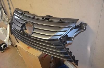 Решетка радиатора Lexus RX 4
