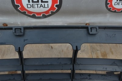 Решетка бампера Volkswagen Crafter
