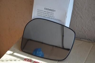 Стекло зеркала левое Toyota Corolla Camry Auris