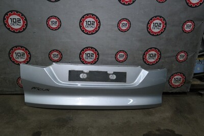 Накладка двери багажника Ford Focus 3