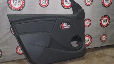Lada Largus Обивка передней левой двери(2011-)