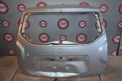 Крышка багажника Renault Duster