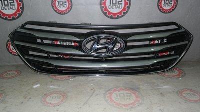 Решётка радиатора Hyundai Santa Fe (2015--)