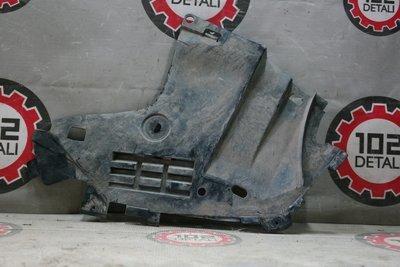 Пыльник двигателя боковой правый Renault Logan