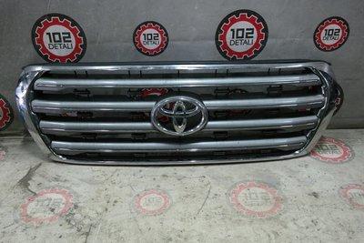 Решетка радиатора Toyota Land Cruiser 200