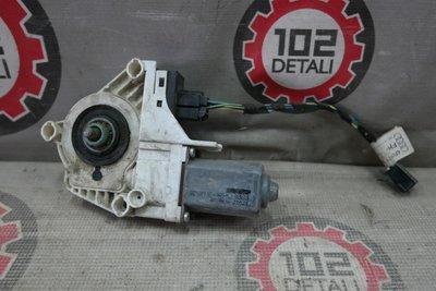 Моторчик стеклоподъемника задний правый Audi A6