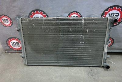 Радиатор охлаждения Skoda Octavia A5 (2004-2013)