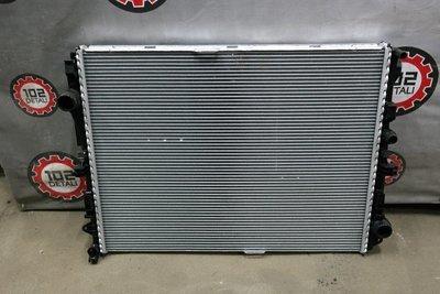 Радиатор охлаждения Mercedes Benz W222