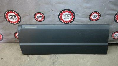 Накладка двери передней левой Chevrolet Niva (2008--)