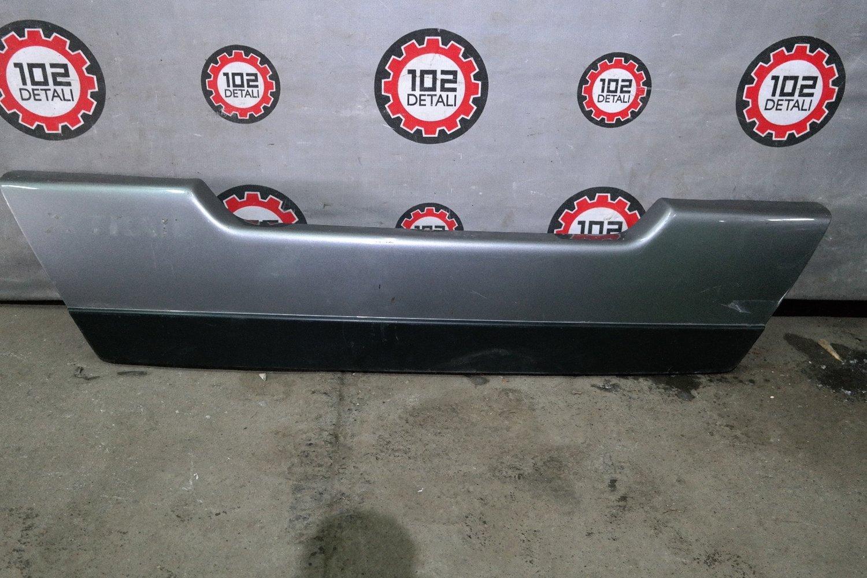 Накладка двери багажника Nissan X-Trail (T31)