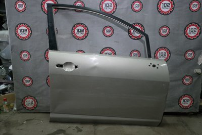 Дверь передняя правая Nissan Tiida С11