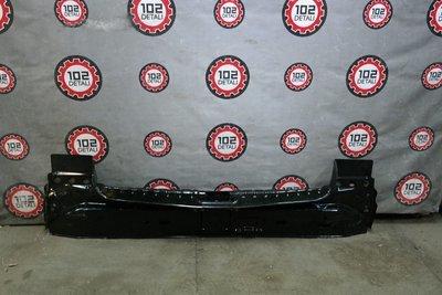 Панель задняя внутренняя Nissan Terrano III