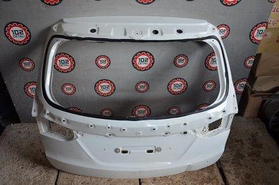 Крышка багажника Hyundai Santa Fe 3
