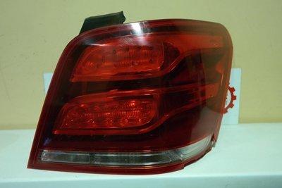 Фонарь правый Mercedes Benz X204 GLK-class LED