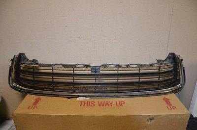 Решетка радиатора Toyota Highlander 3