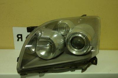 Фара левая Toyota Avensis 2
