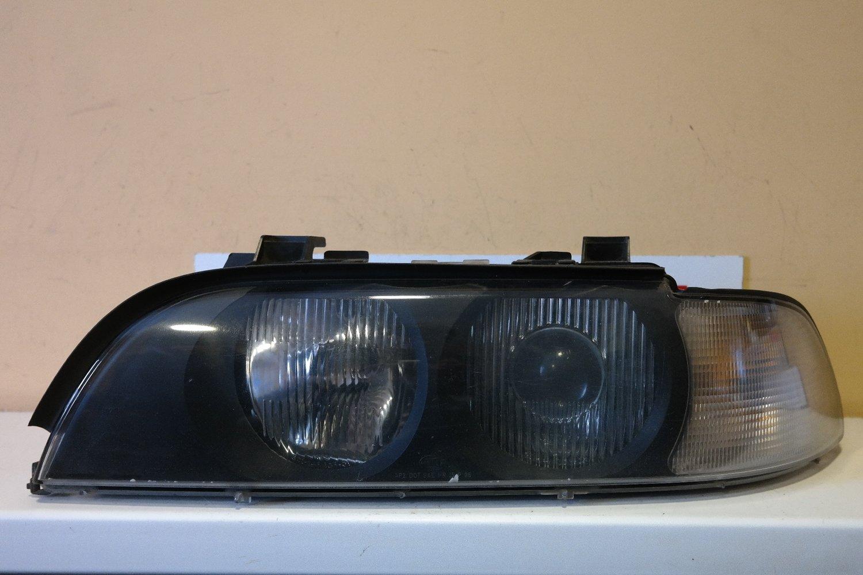 Фара левая BMW 5-Series E39 Xenon