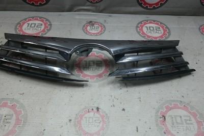 Решетка радиатора для Тoyota Corolla180