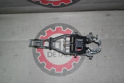 Кронштейн ручки задней левой двери Skoda Octavia A5