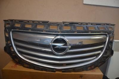Решетка радиатора Opel Insignia
