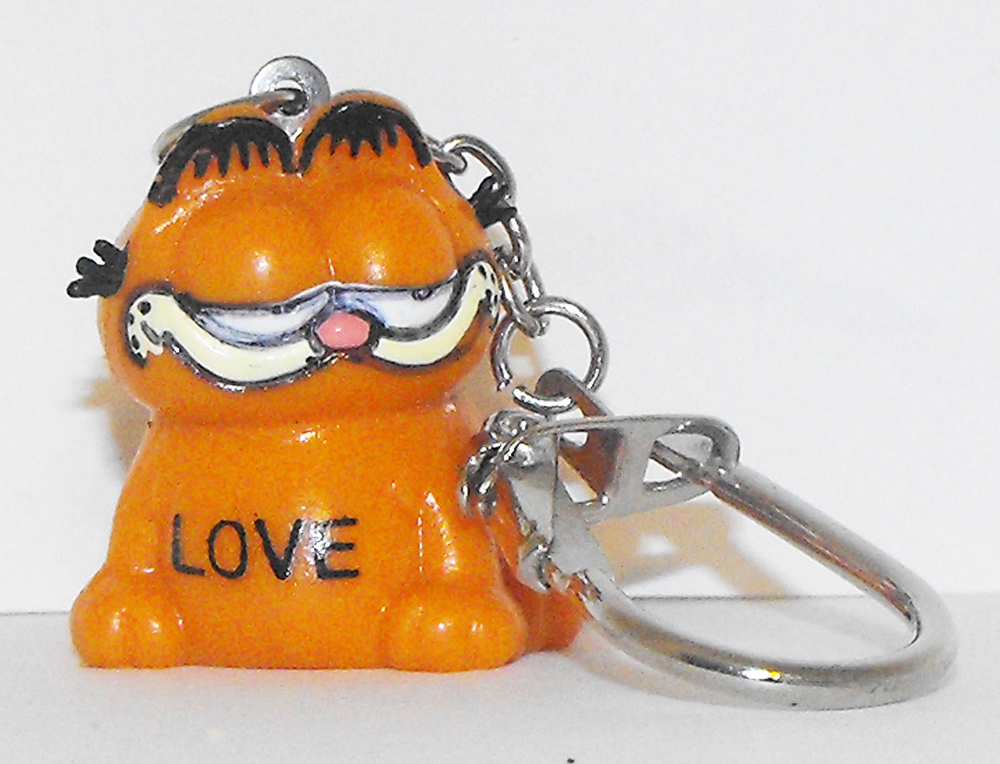 Garfield Sitting 1 inch Keychain LOVE