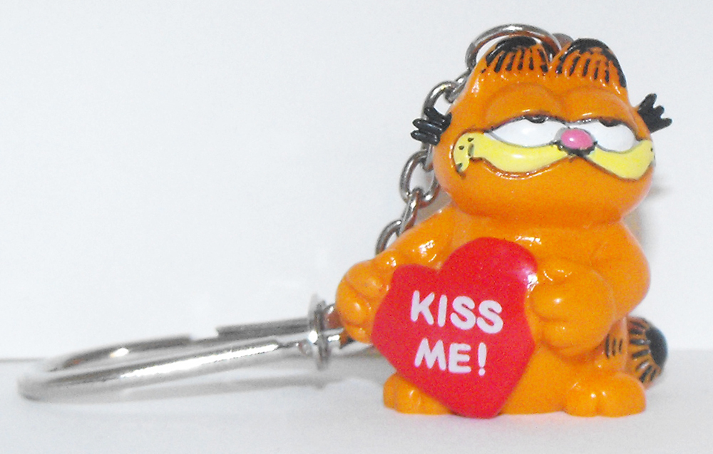 Garfield with Heart Key Chain KISS ME