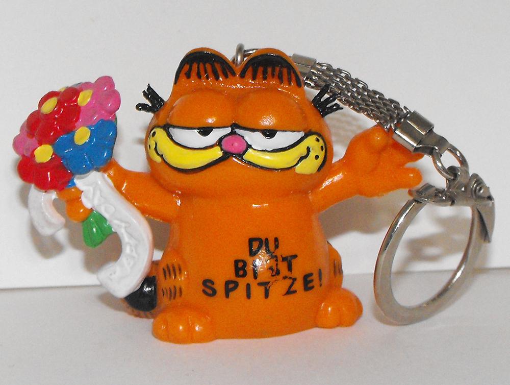 Garfield with Flowers Figurine Keychain
