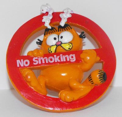 Garfield No Smoking Figurine Suction Cup