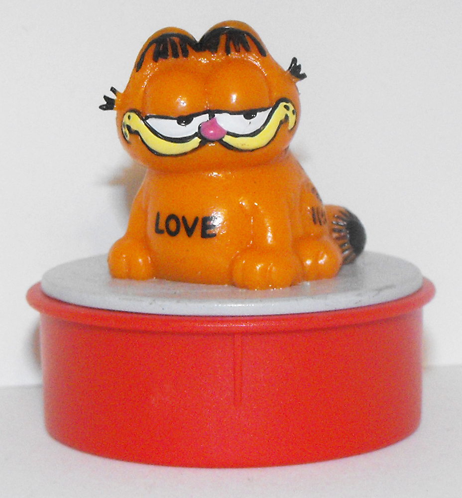 "Garfield Sitting ""Love"" Red Ink Stamper"