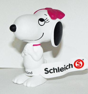 Snoopy's Sister Belle Charmed 2inch Figure Peanuts Miniature Figure
