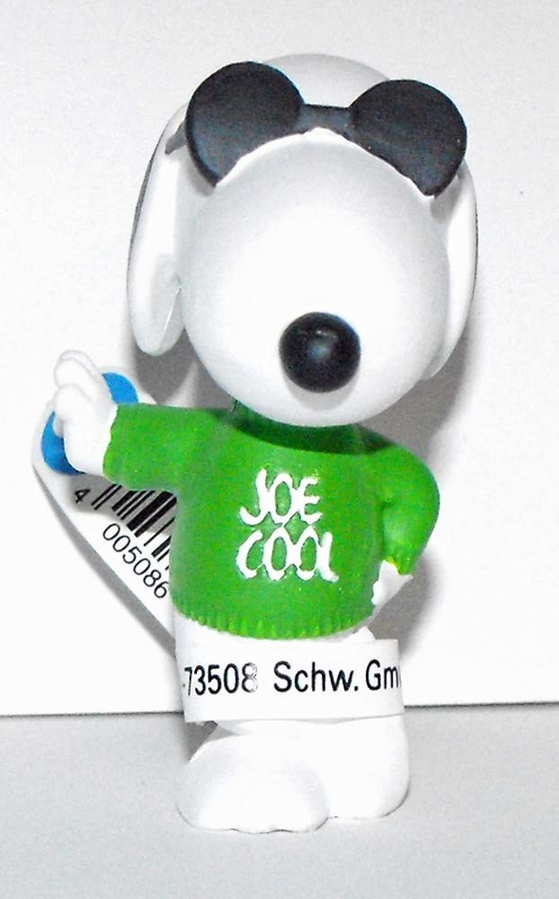 Joe Cool (green shirt) 2 inch Figurine Peanuts Miniature Figure
