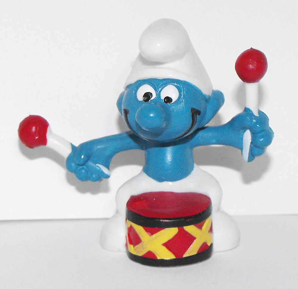 Drummer Smurf Vintage Plastic Figurine 20009